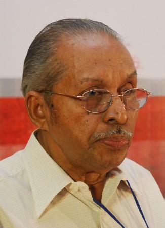 ONV Kurup dies at 84