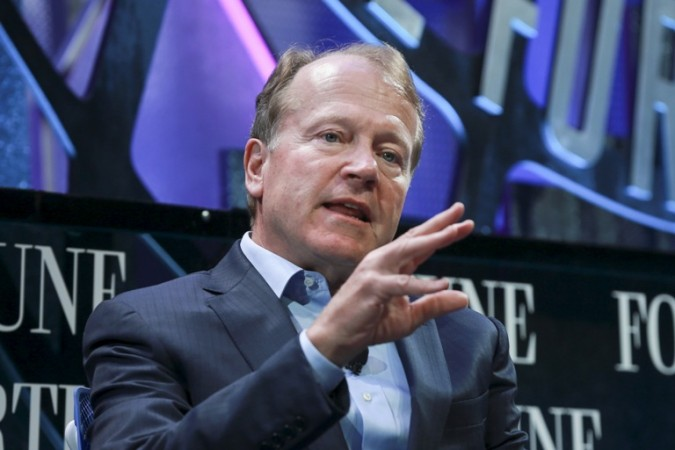 Cisco Chairman John Chambers emphasises on the need to invest in India or 'miss the bus'