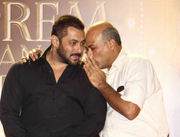 "Making of ""Prem Ratan Dhan Payo"" releases as an webisode. Pictured: Salman Khan and Sooraj Barjatya at an event"