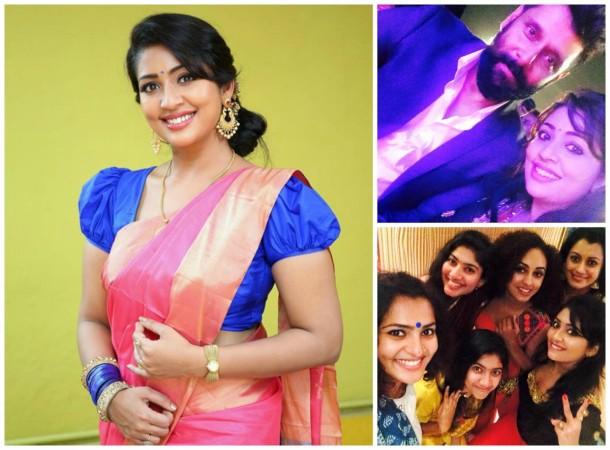 Navya Nair attend Asianet Film Awards 2016