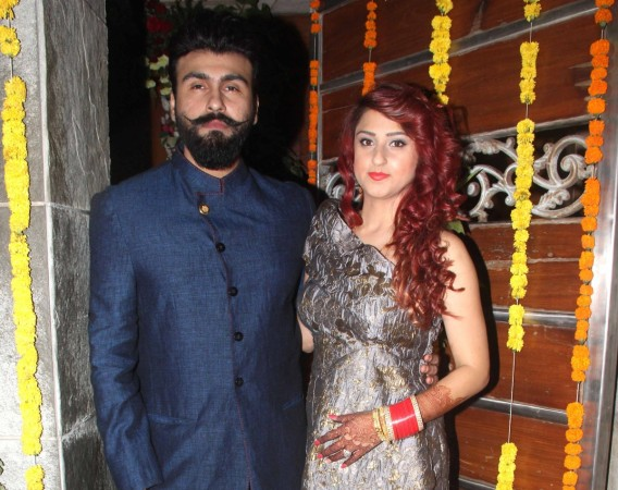 Aarya Babbar marries girlfriend Jasmine Puri