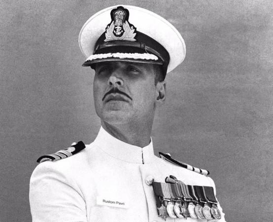Akshay Kumar as a naval officer in 'Rustom'