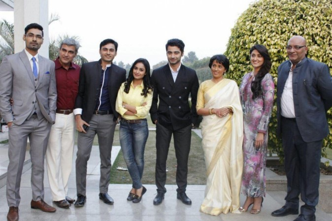 """""""Dahleez"""" to go off air. Pictured: """"Dahleez"""" co-stars Harshad Arora, Tridha Choudhary and others"""