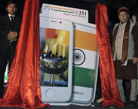 Freedom 251 Smartphone Is Expected to Deliver for COD Customers Shortly