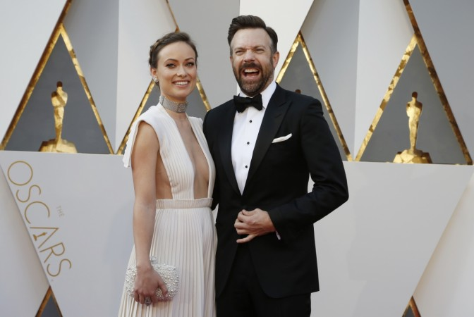 Olivia Wilde and Jason Sudeikis at the 88th Academy Awards red carpet.