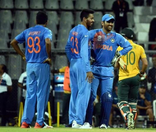 Bumrah Pandya Dhoni World T20 2016