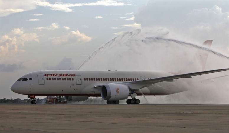 bomb threat Air India