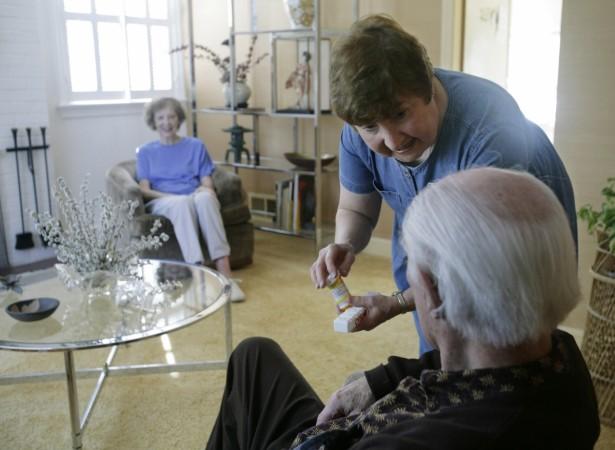 Older people using dangerous combinations of medicines in the U.S.