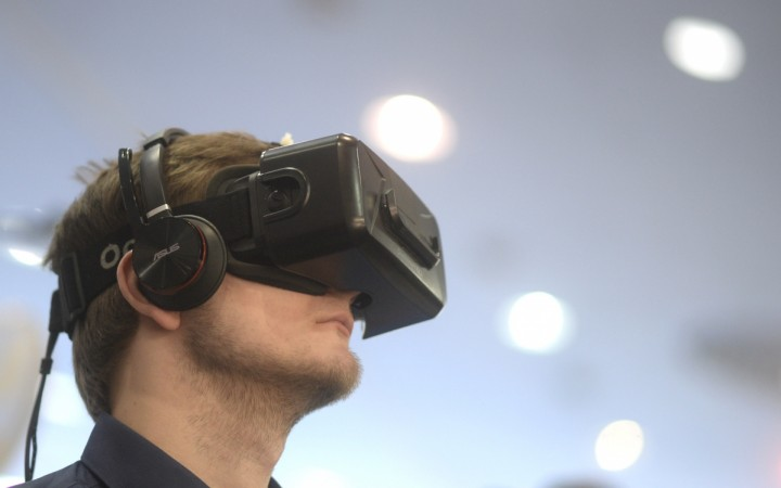 Pornhub launches VR category on its site for free: First 10,000 viewers can get free VR goggles