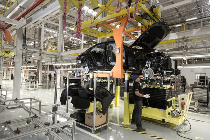 Mercedes-Benz starts car production in Brazil