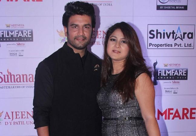 Sharad Kelkar with wife Keerti Gaekwad Kelkar