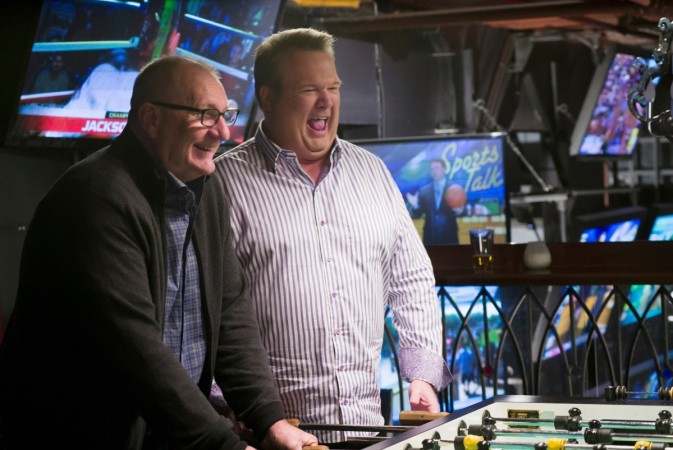 "Jay and Cam will spend some quality time together in ""Modern Family"" Season 7 episode 18"