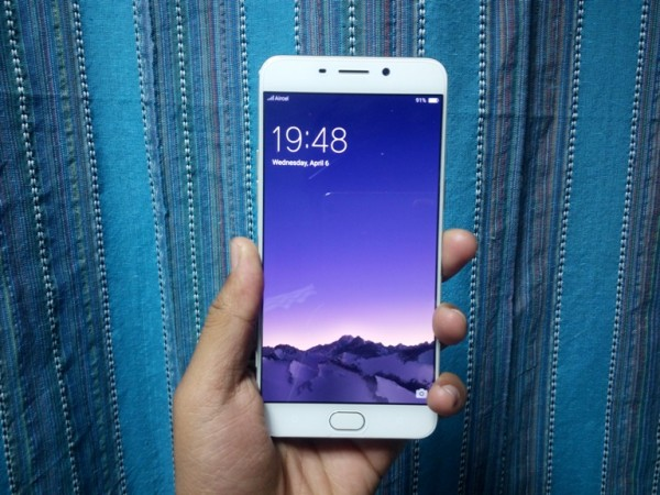 Oppo F1 Plus First Impressions: Display and design