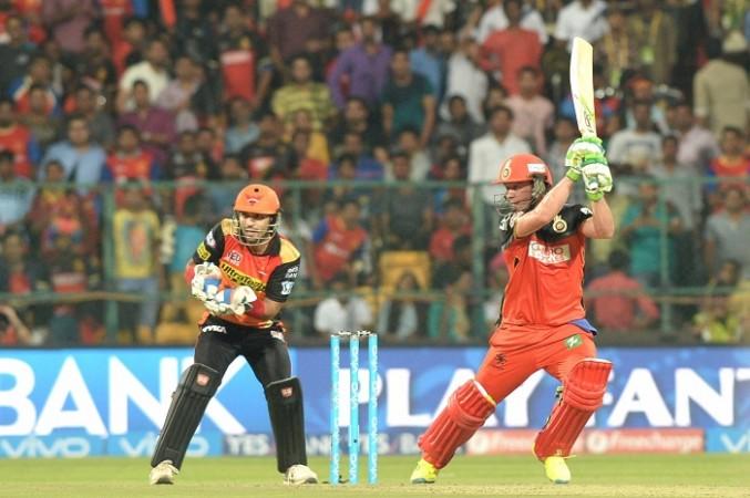 AB De Villiers RCB Naman Ojha Sunrisers Hyderabad