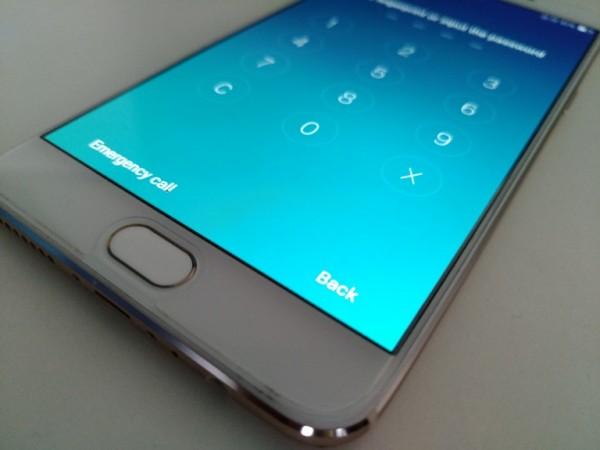 Oppo F1 Plus Review: Fingerprint scanner