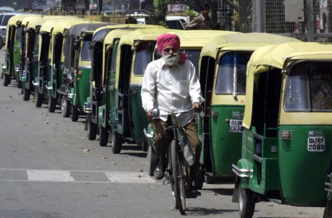 Jugnoo, India's auto rickshaw hailing service, raises $10M in fresh funding