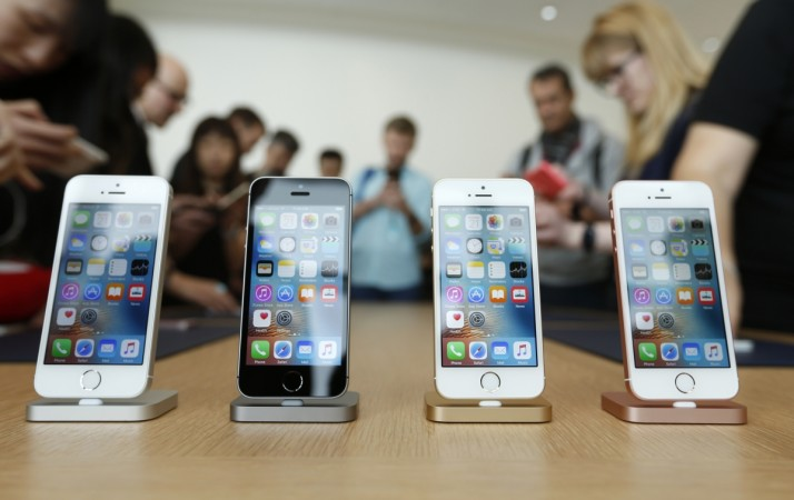 Apple might have some change in plans for its iPhone this year