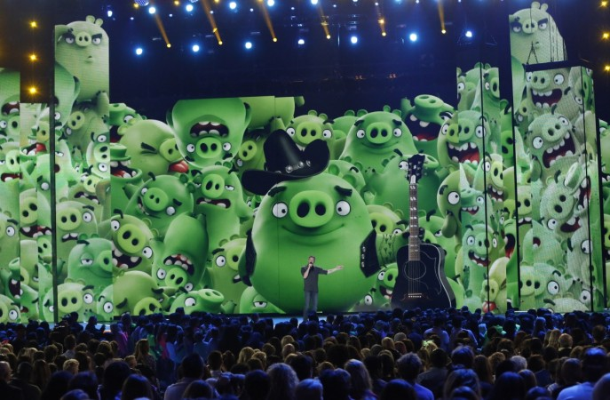 """Angry Birds"" movie promo at Nickelodeon's 2016 Kids' Choice Awards"