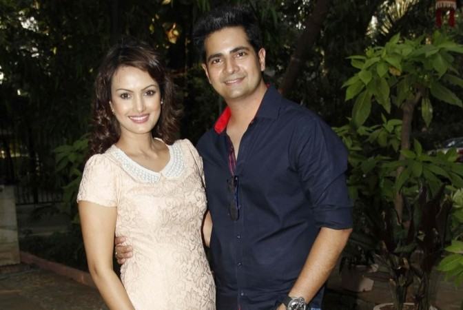 "Naitik aka Karan Mehra to go missing in ""Yeh Rishta Kya Kehlata Hai."" Pictured: Karan Mehra with wife Nisha Rawal during during the launch of her song ""Choti Si Asha"" in Mumbai in 2015."