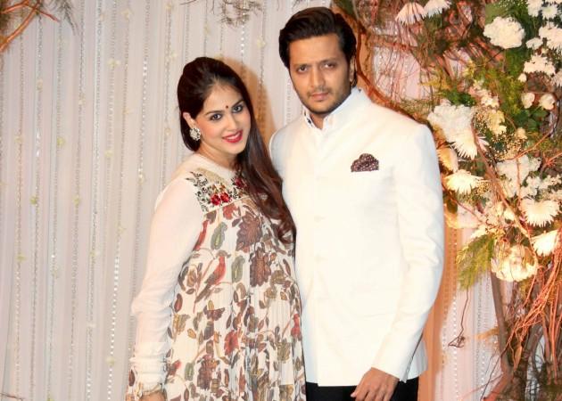 Riteish Deshmukh and mom-to-be Genelia at Bipasha-Karan wedding reception
