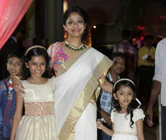 Poornima Indrajith with kids