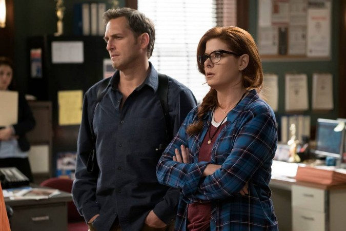 Debra Messing as Laura Diamond in 'The Mysteries of Laura'