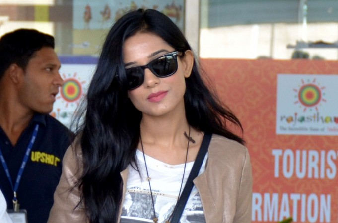 Amrita Rao ties the knot with beau RJ Anmol. Pictured: Amrita Rao at Sanganer airport in Jaipur, 2015.