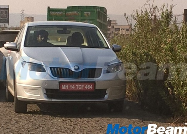 Skoda Rapid facelift returns in new spy shots