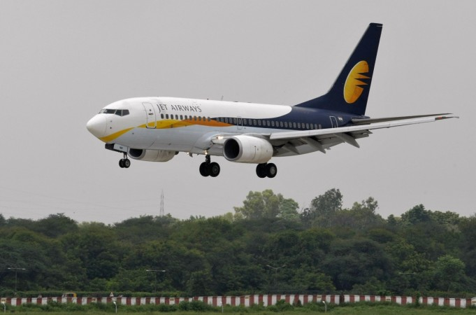 jet airways q4 annual results indian aviation dgca jet net profit sales atf