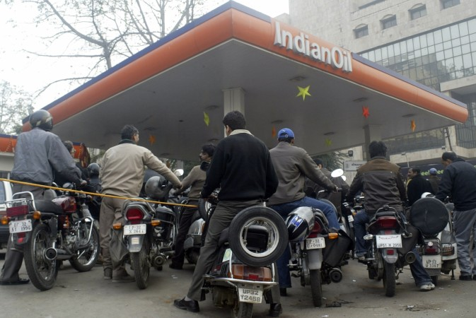 indian oil ioc petrol pump saudi aramco total bp