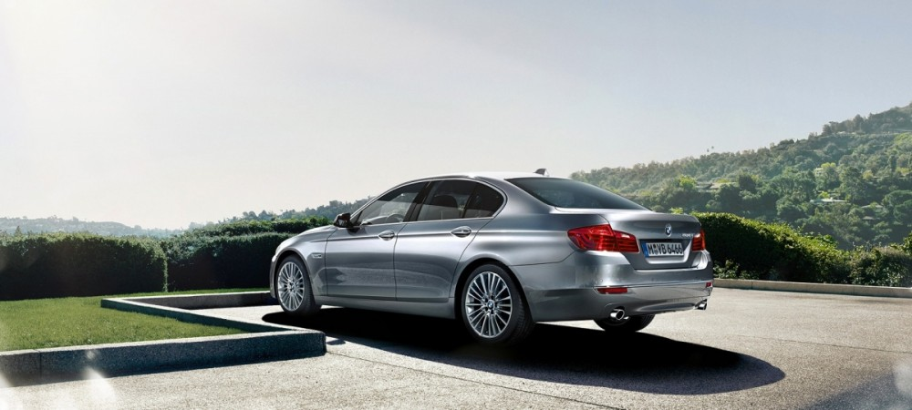 BMW 520i launched at Rs. 54 lakh in India
