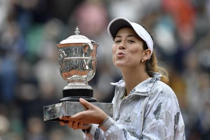 Garbine Muguruza French Open trophy