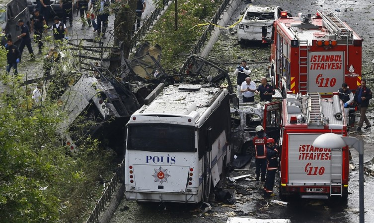 Istanbul bomb attack