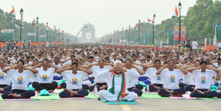yoga venue rajpath yoga day international ayush modi un