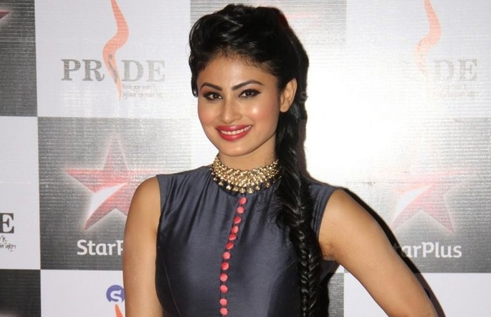 """Mouni Roy dons Princess Jasmine look from animated series """"Alaadin"""" for """"So You Think You Can Dance."""" Pictured: Mouni Roy at the Pride Gallantry Awards 2015 in Mumbai."""