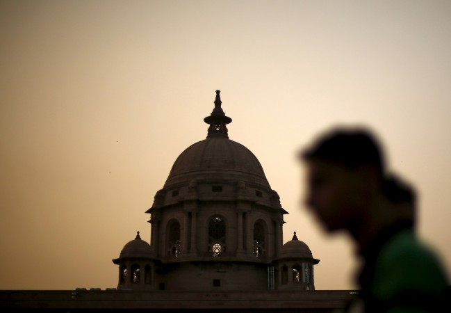 Worrying signs: fiscal deficit hits full-year target by Nov end