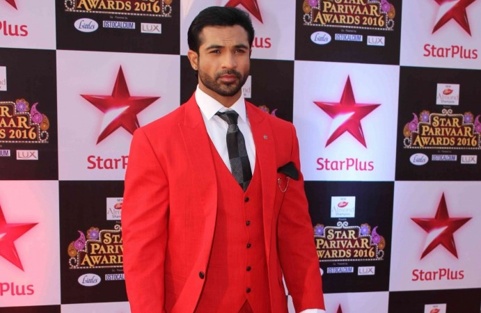 "Mohammad Nazim to re-enter ""Saath Nibhaana Saathiya."" Pictured: Mohammad Nazim at Star Parivaar Awards 2016"