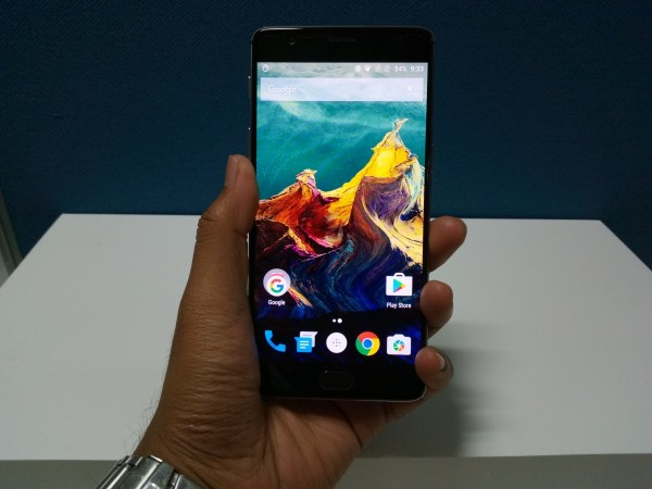 OnePlus 3 First Look: Display