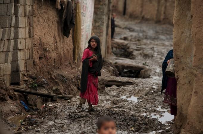 Pakistan poverty