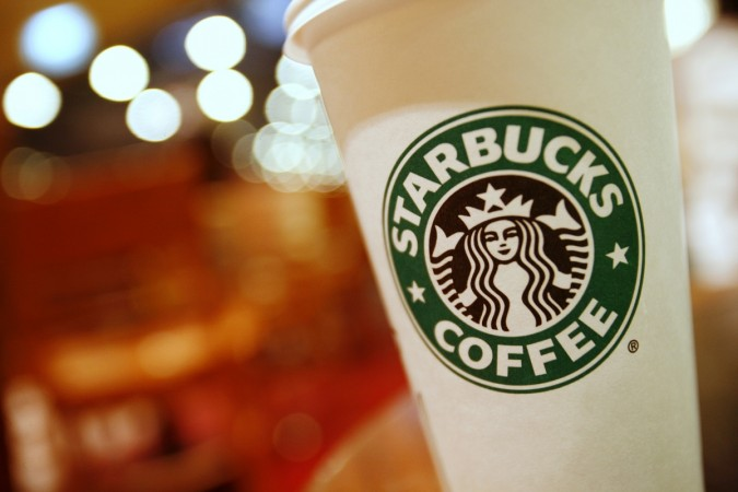 Starbucks Pledges To Hire 10000 Refugees, Support Mexican Customers And Employees
