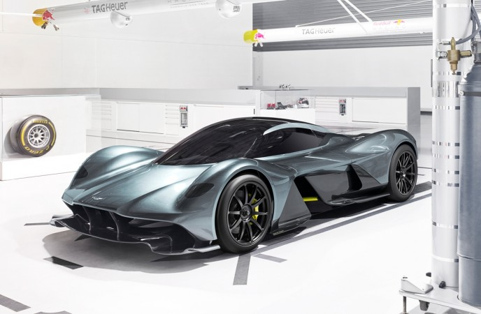 am rb 001 hypercar of aston martin red bull racing unveiled. Black Bedroom Furniture Sets. Home Design Ideas