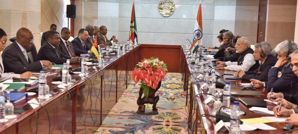 Prime Minister Narendra Modi and the President of Mozambique Filipe Nyusi at the delegation-level talks at Maputo, Mozambique, on July 7, 2016.
