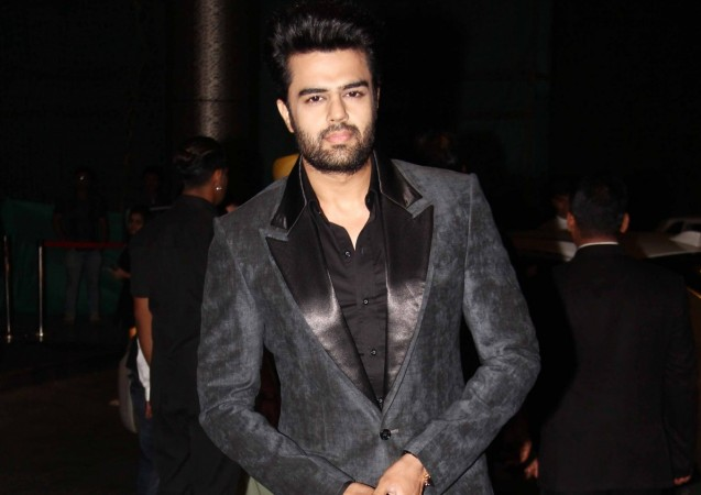 """Manish Paul charges a whopping amount to host """"Jhalak Dikhhla Jaa 9""""? Pictured: Manish Paul at Shahid Kapoor-Mira Rajput Reception"""