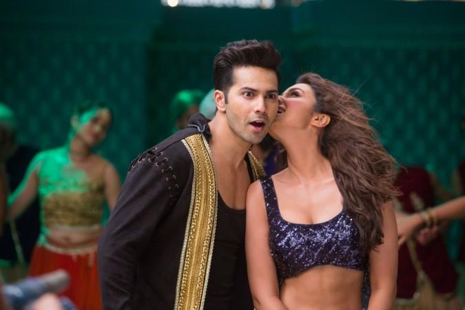 Varun Dhawan and Parineeti Chopra in 'Dishoom' song, 'Jaaneman Aah'