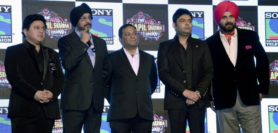 """Navjot Singh Sidhu not to quit """"The Kapil Sharma Show."""" Picture: Navjot Singh Sidhu (on extreme right), Kapil Sharma (second from right) and the team of """"The Kapil Sharma Show"""" at the show's trailer launch."""