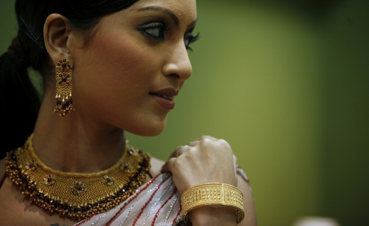 gold jewellery gold prices gold purchases akshay tritiya duty import gjf modi sales excise duty cut slash government presentation G V Sreedhar