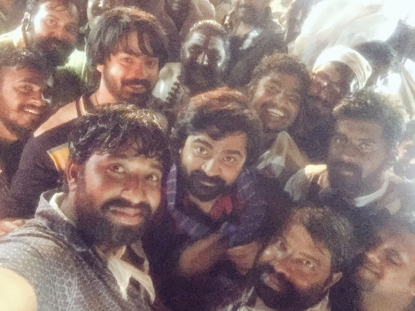 Simbu's wraps up the first schedule of 'AAA'