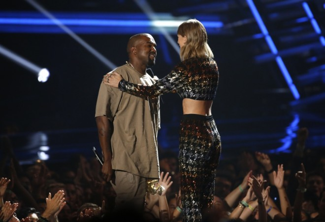 Taylor Swift ans Kanye West at the 2015 MTV Video Music Awards