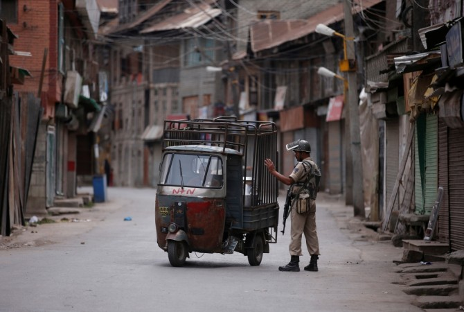 Curfew imposed in Kashmir