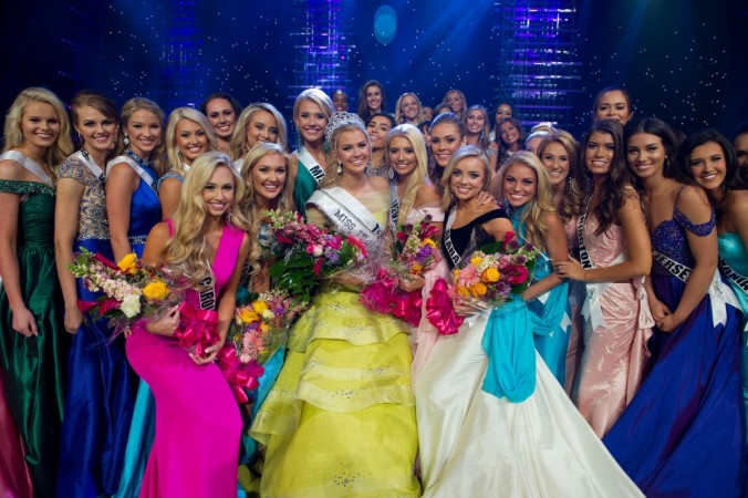 The contestants of Miss Teen USA 2016